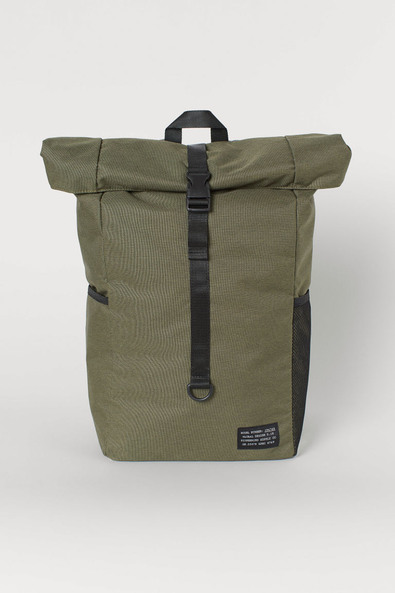 Roll-top opening back pack - Khaki green - Men | H&M GB