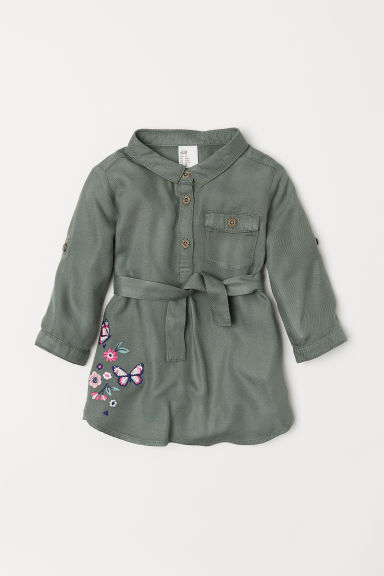 Embroidered shirt dress - Khaki green - Kids | H&M CN