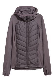 Padded outdoor jacketModel