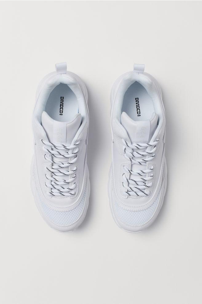 9037dc08bd8 Zapatillas deportivas de malla - Blanco - | H&M ...