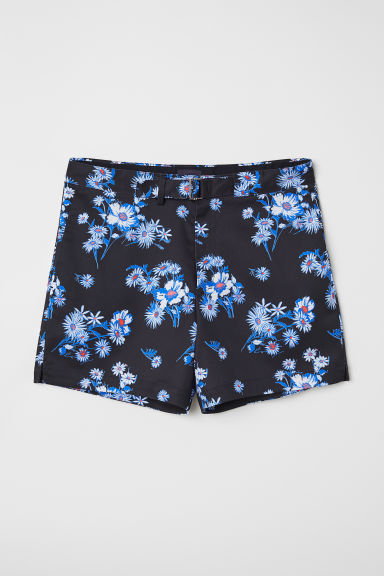 Shorts with a fabric belt - Black/Flowers - Men | H&M