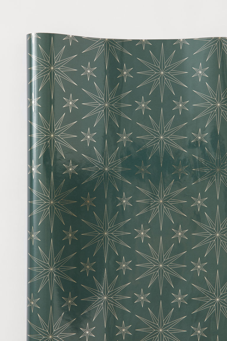 Gift Wrap - Dark green/stars - Home All | H&M US