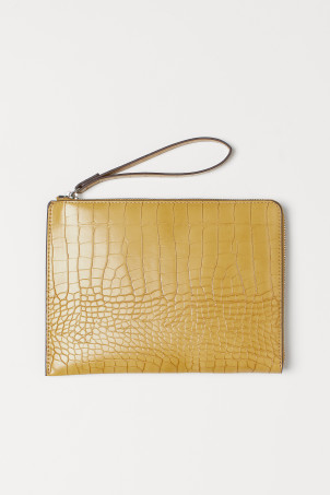 Crocodile-patterned pouch