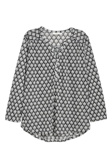 V-neck top - Black/Patterned -  | H&M IE