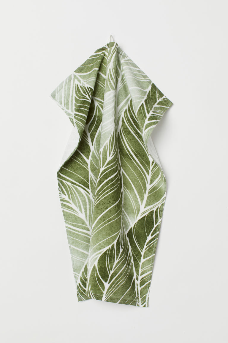 Patterned hand towel - Green/Leaf-patterned - Home All | H&M GB
