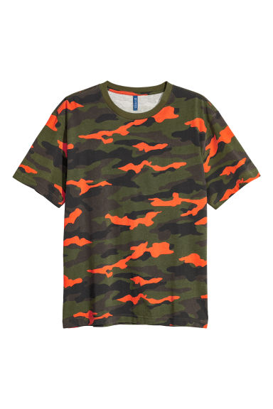 Printed T-shirt - Dark green/Patterned - Men | H&M CN