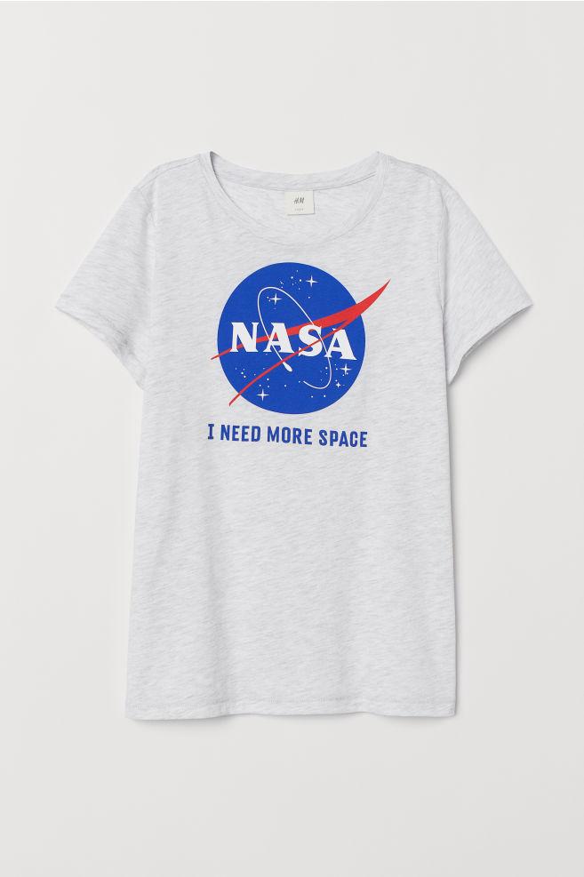 2068dab5585 ... Baskılı Tişört - Açık gri kırçıllı NASA - KADIN