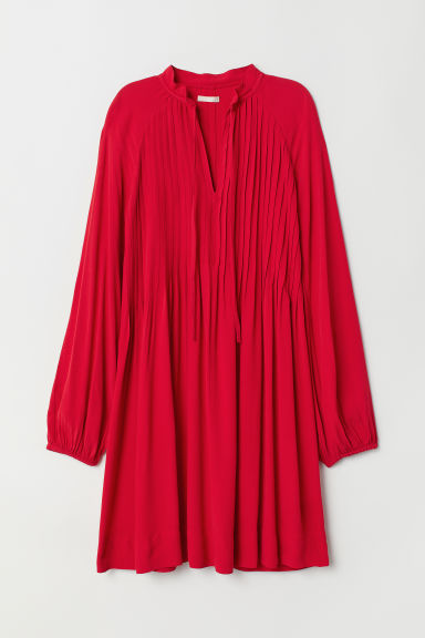 Viscose dress with pin-tucks - Red - Ladies | H&M IE