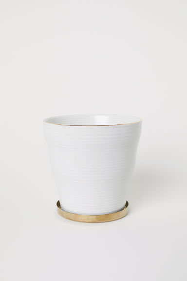 Fluted plant pot with a saucer - White - Home All | H&M CN
