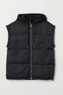 Oversized gilet with a hood