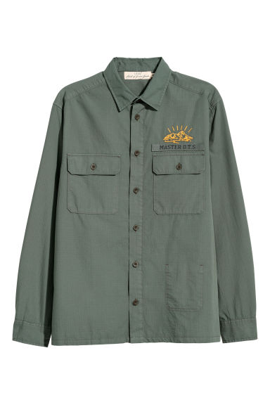 Shirt with embroidery - Khaki green - Men | H&M