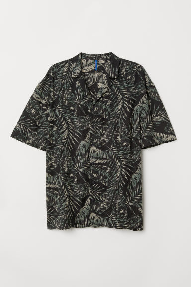 Patterned resort shirt - Black/Leaves - Men | H&M