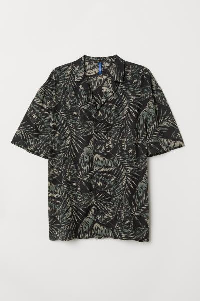 ba0516ee Patterned Resort Shirt - Light blue/floral - Men | H&M US