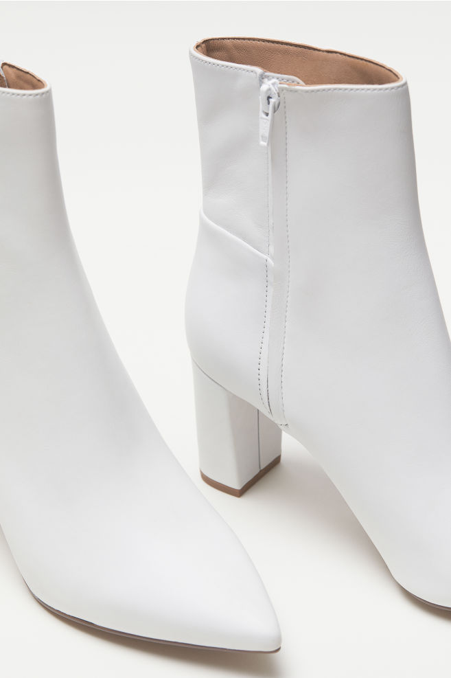 ... Block-heeled Ankle Boots - White - Ladies  3f0b2d11fa
