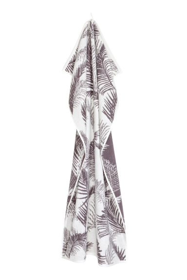 Jacquard-weave bath towel - Grey/White patterned -  | H&M GB
