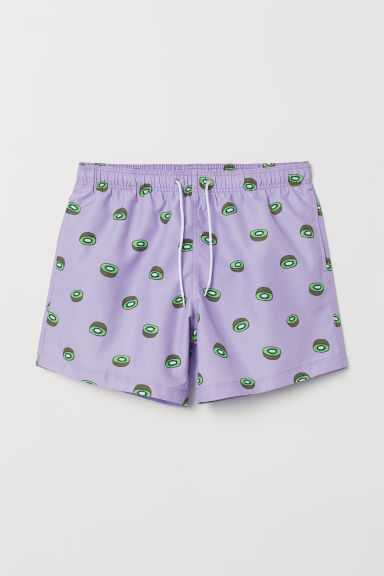 Printed swim shorts - Purple/Kiwis - Men | H&M