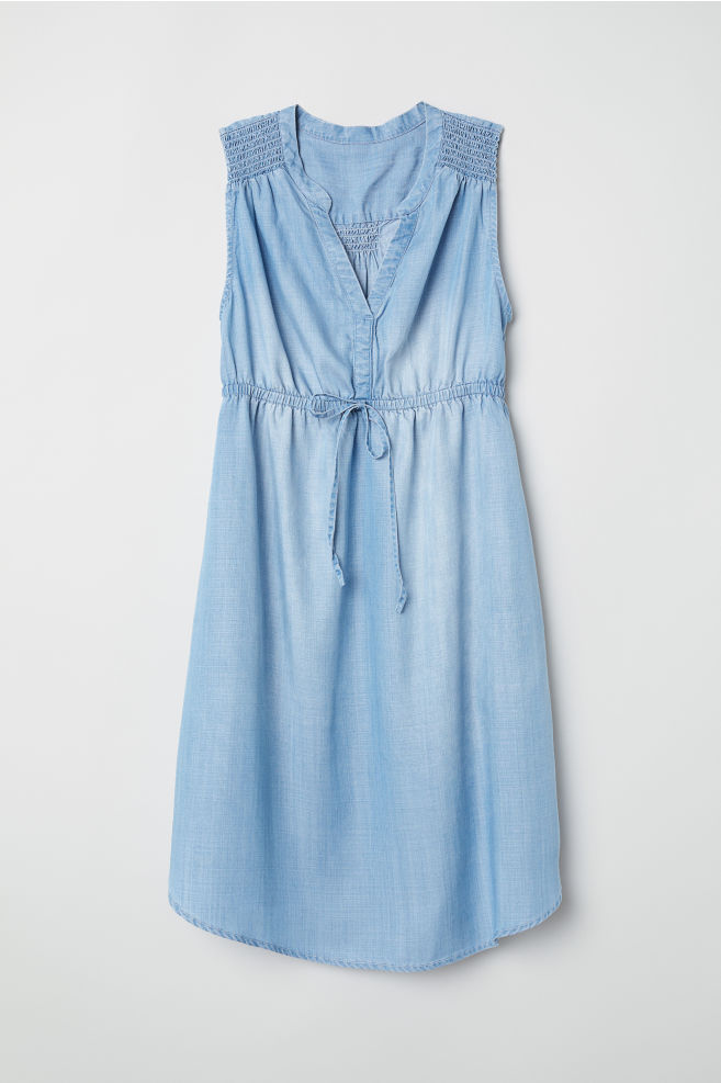 e0972b0fed5fa MAMA Lyocell dress - Denim blue - Ladies | H&M ...