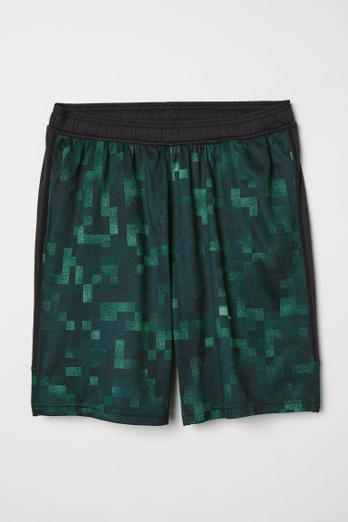 Sports shorts - Green - Men | H&M