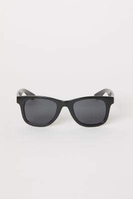 SolglasögonModell