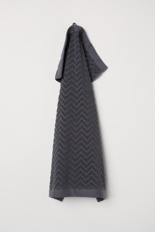 Jacquard-patterned hand towel