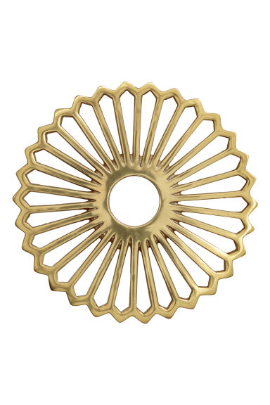 Metal trivet - Gold-coloured -  | H&M CN