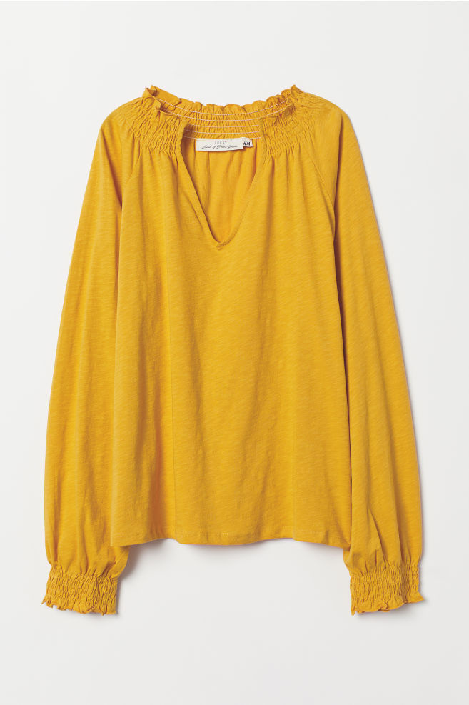 e55d18d1a2fb5f Blouse with smocking - Mustard yellow - Ladies | H&M IE