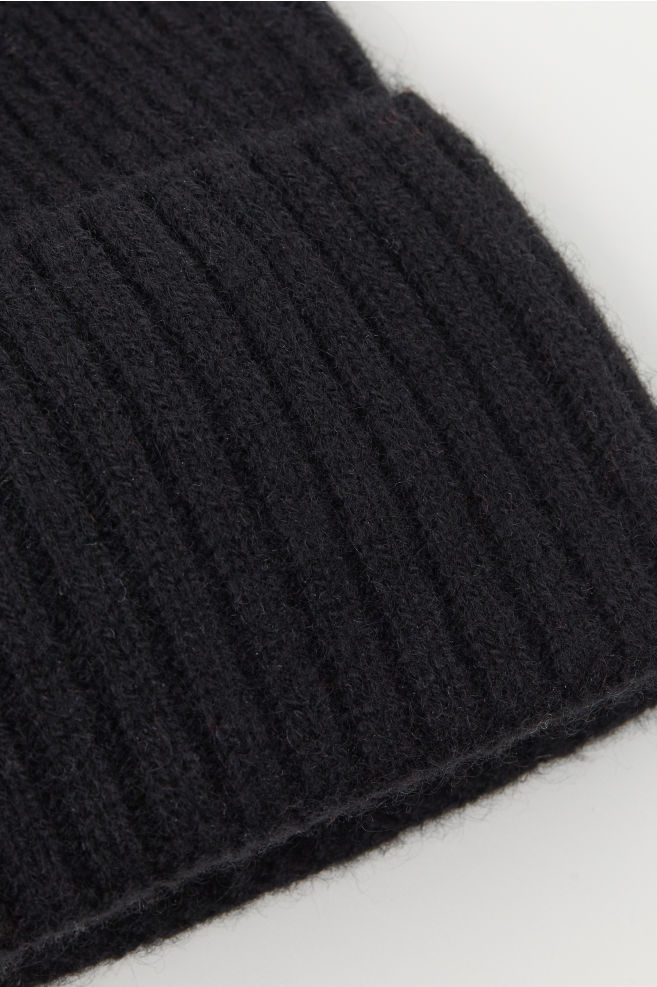 58a3fc3caa912 Ribbed cashmere hat - Black - Men
