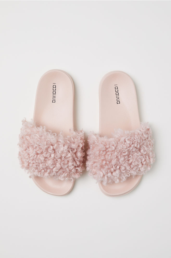 2c301ee555c0 ... Faux fur slides - Light pink - Ladies