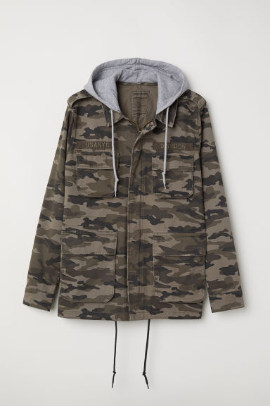 Short parka with a hood - Khaki green/Patterned - Men | H&M