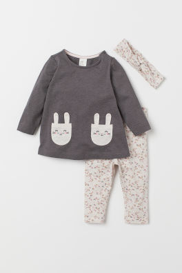 f0e90d928c4b4 Baby Girl Clothes - Shop for your baby online | H&M US