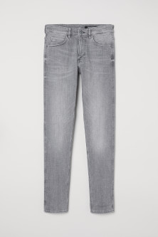 Tech Stretch Skinny JeansModel