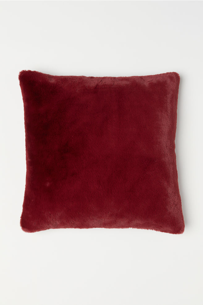 Faux fur cushion cover - Dark red - | H&M GB 2
