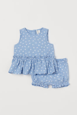 3852f75afc1d4 Baby Girl Clothes | Age 4 Months to 4 Years | H&M GB