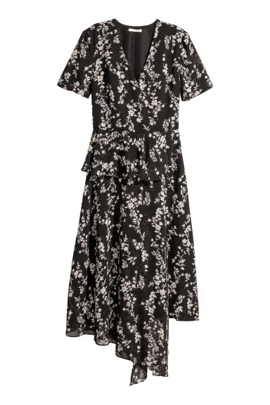 Chiffon dress with a flounce - Black -  | H&M