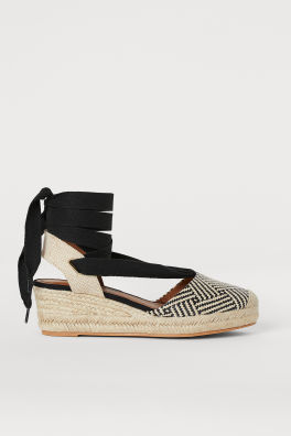 52dbc3624ae Shoes For Women | Boots, Sandals & Sneakers | H&M US
