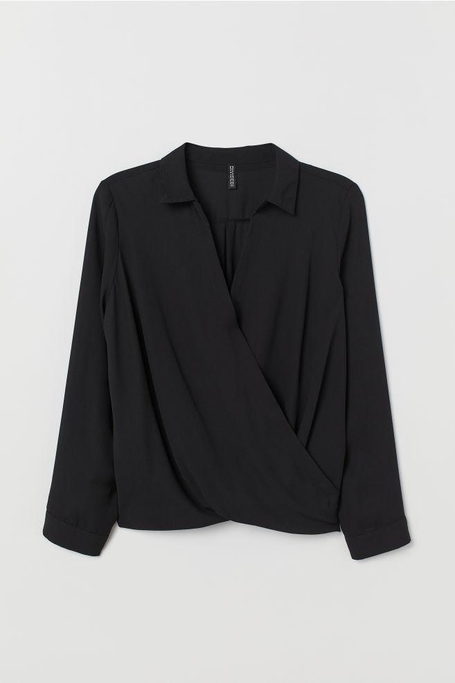 3f6351a6 H&M+ Kopertowa bluzka