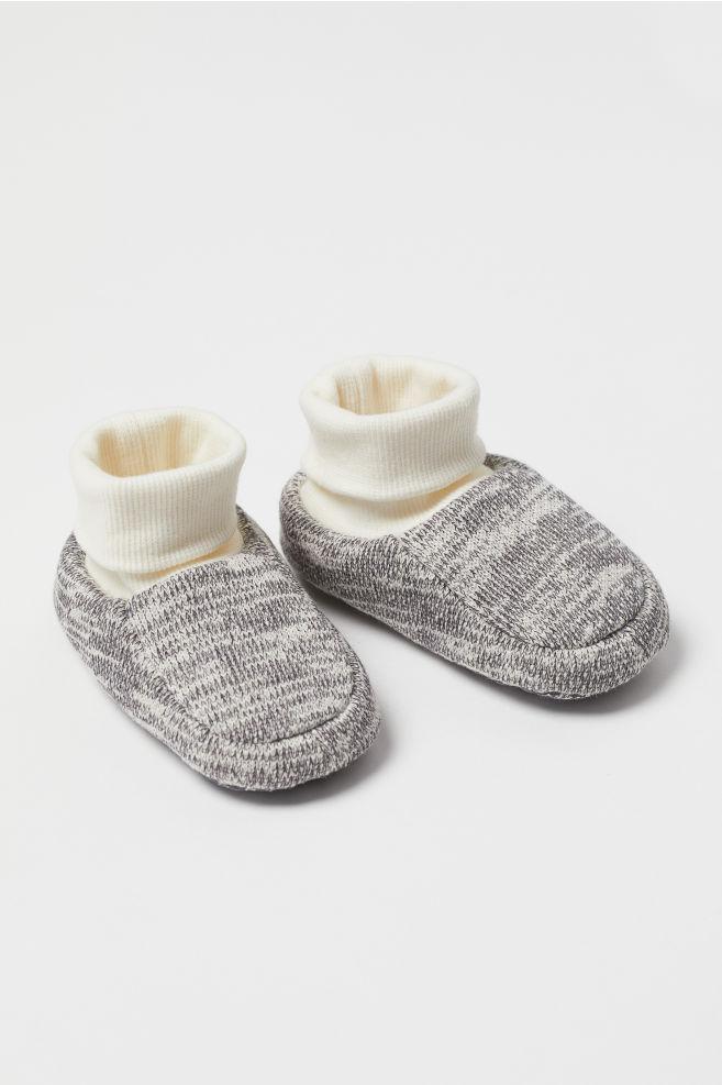 e035da3990e19 Knit Slipper Socks