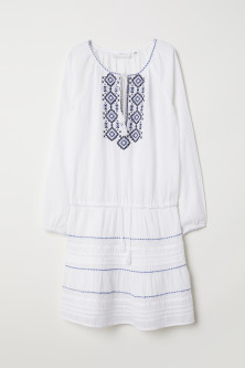 Embroidered cotton dressModel