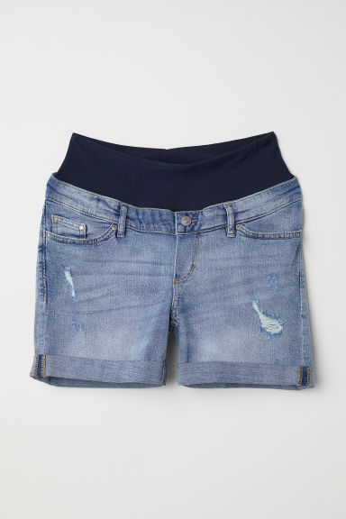 MAMA Boyfriend Denim shorts - Light denim blue - Ladies | H&M