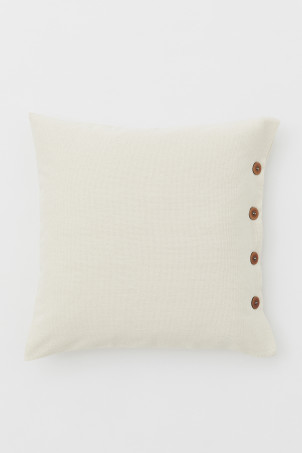 Wooden-button cushion cover