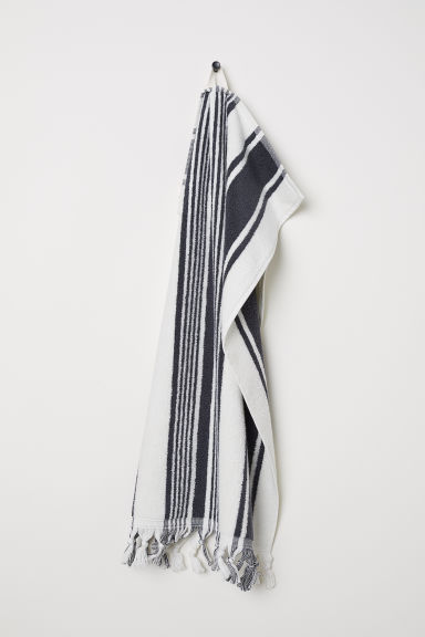 Striped hand towel - Dark grey/White striped - Home All | H&M CN