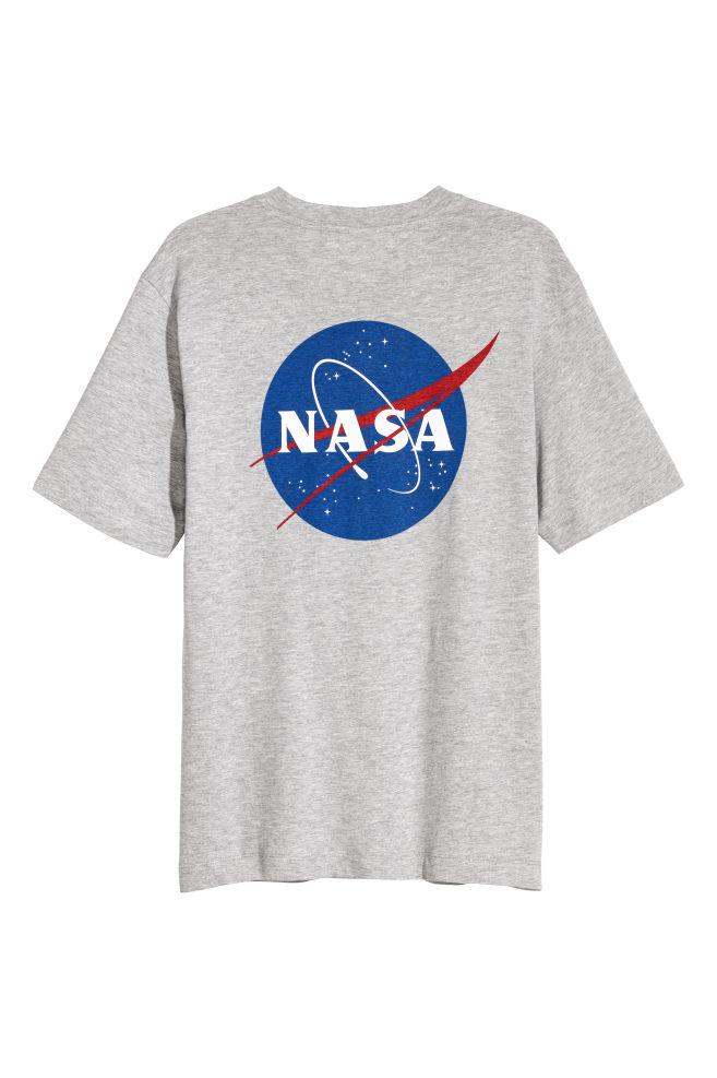 b615037a86 Nyomott mintás póló - Szürke melír/NASA - FÉRFI | H&M ...