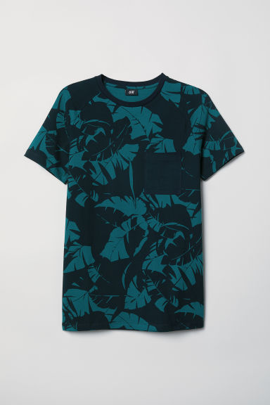 T-shirt Muscle Fit - Black/Dark green - Men | H&M