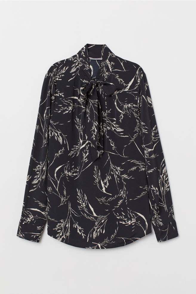 58aa9f270ac8e Blouse with Tie Collar - Black/patterned - Ladies | H&M ...