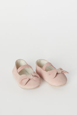 3da39e2be Baby Girl Shoes - 4-24 months - Shop online | H&M GB