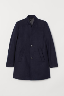 Coat with a stand-up collarModal