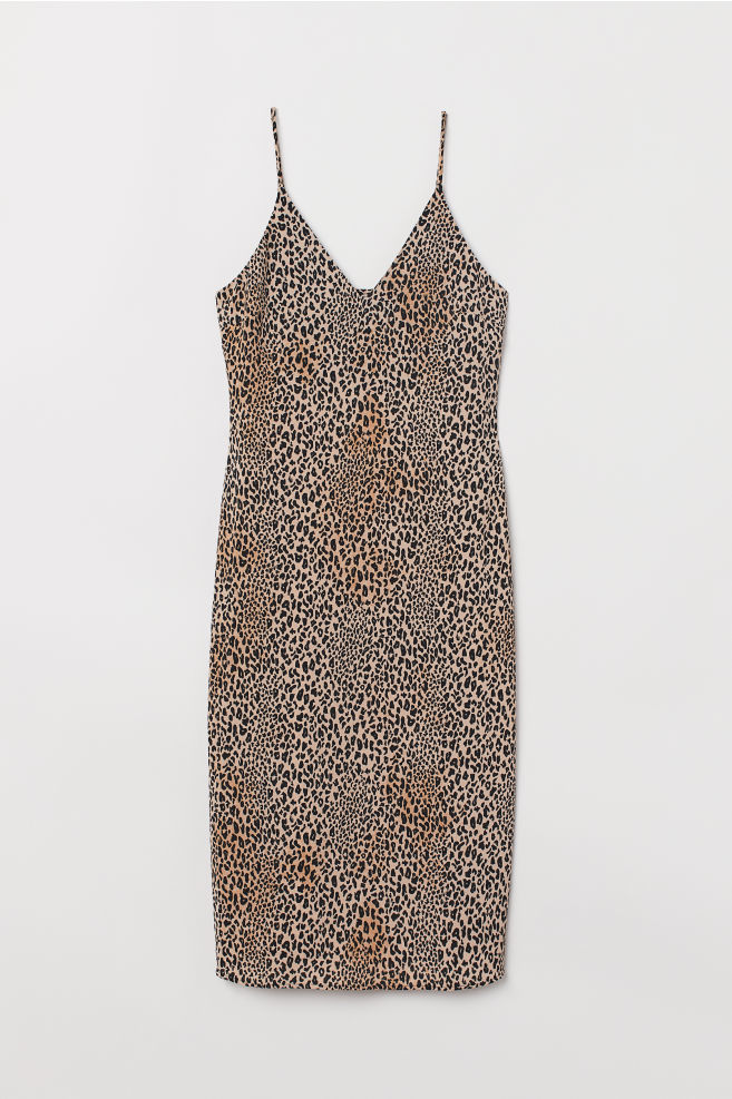 54a18235c5 V-neck dress - Beige/Leopard print - | H&M ...