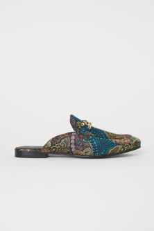 Patterned slip-on loafers