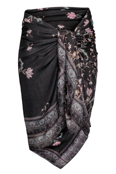 Patterned sarong - Black/Floral - Ladies | H&M CN