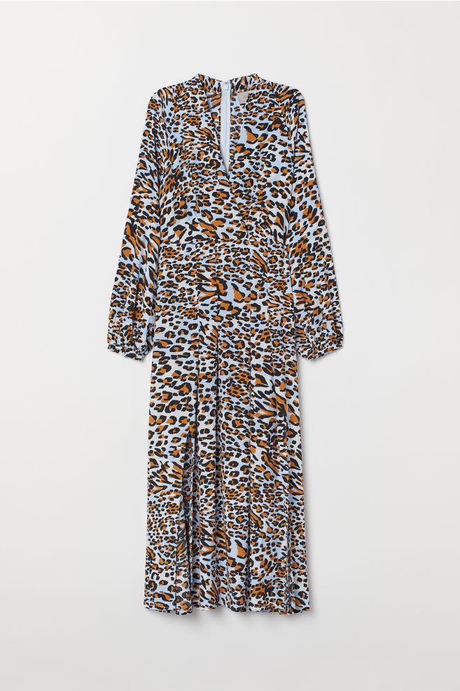 3ffe8133 Legglang kjole - Lys blå/Leopardmønstret - DAME | H&M ...